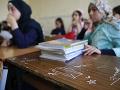 Emotívny príbeh z brehu Jordánu: Školákom čoskoro zničia osadu, apelujú na Merkelovú