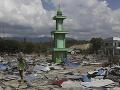Rozsah tragédie sa stále zväčšuje: Počet obetí zemetrasenia a cunami prekročil 1500