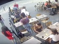 Študentka zostala v šoku: VIDEO Po obťažovaní na ulici ju muž udrel, poriadne mu to spočítala