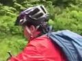V Česku majú novú hviezdu, žena sa naštvala na cyklotúre: VIDEO Strč si riadidlá do prd*le