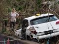 Poliakov prekvailo zlé počasie: Auto skončilo pod vodou, nemali šancu prežiť