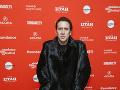 Nicolas Cage má svojský štýl obliekania.