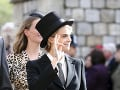 Modelka Cara Delevingne zvolila netradičný outfit.