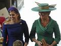 Mama nevesty Sarah Ferguson s dcérou princeznou Beatrice.