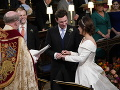 Novomanželia princezná Eugenie a Jack Brooksbank spečatili svoju lásku.
