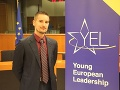 Mladý Slovák má na dosah historický úspech: Pod palcom môže mať celý Brusel