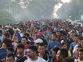 Trumpa až porazí: Do USA mieria ďalšie tisíce migrantov, na hranici môže byť 15 000 vojakov