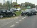 Nehoda pri Bratislave: Kamión sa zrazil s tromi autami