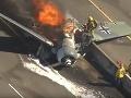 Lietadlo z druhej svetovej vojny sa zrútilo na diaľnicu: VIDEO Pilot sa ocitol v horiacom pekle!