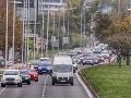 Rebríček bezpečnosti na cestách: V porovnaní so susedným Rakúskom si Slovensko môže tlieskať