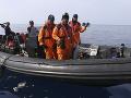 Záchranári pátrajú po možných preživších nehody lietadla spoločnosti Lion Air v Indonézii