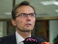 Znepokojený exminister obrany: Vláda by mala zastaviť obstaranie transportérov
