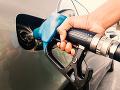 Skvelé správy pre motoristov: Začína obdobie snov, ceny benzínu a nafty budú klesať
