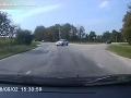 Polícia zverejnila zábery, ktoré zachytávajú prehrešky vodičov.