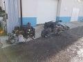Polícia vykonala domové prehliadky v okrese Hlohovec: Objavili gang autičkárov