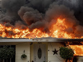 Rozsiahly požiar v Kalifornii.