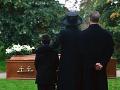 Rodina pochovala nebožtíka: O dva mesiace sa otvorili dvere a všetci takmer skolabovali