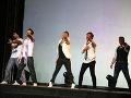 Zábery z predstavenia Boyband
