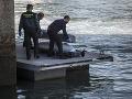 Akcia na britskom pobreží: Migranti ukradli čln, pokus oklamať stráž nevyšiel