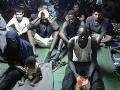 Francúzska a holandská polícia zatkla 23 ľudí: Pašovali migrantov do Británie