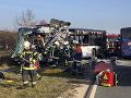 VIDEO Hrozivá nehoda v Nemecku: Dva autobusy sa čelne zrazili, zranilo sa okolo 40 ľudí