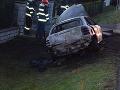 Auto po náraze zhorelo, vodič zomrel.
