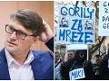 Vľavo Marek Maďarič, vpravo z protestov Gorila