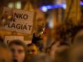 Protesty na Námestí SNP v Bratislave