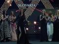 Riaditeľka súťaže krásy Silvia Chovancová Lakatošová sa pošmykla na pódiu a takmer spadla.