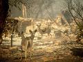 FOTO Ohnivé peklo v Kalifornii: Nezvestných môže byť vyše tisíc, obetí stále pribúda