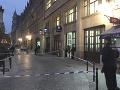 FOTO Dráma v centre Bruselu: Útočník pobodal policajta, páchateľa postrelili