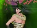 Speváčka Sisa Lelkes Sklovská si polovicu tela nechala pomaľovať.
