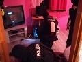 Mladá žena si v okrese Levice prežila peklo: VIDEO Nútený sex s desiatkami mužov, facky aj kopance