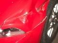Majiteľ auta si našiel na čelnom skle ODKAZ: Dievčatko mu zachránilo hromadu peňazí