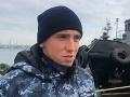 VIDEO Traja zajatí námorníci prehovorili: Priznali narušenie hraníc, Ukrajina hovorí o donútení