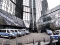Nemeckí vyšetrovatelia urobili raziu v centrále Deutsche Bank: Podozrenie z prania peňazí