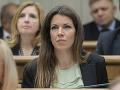 V zahraničnej politike treba zastávať jednoznačné stanoviská, tvrdí Cséfalvayová