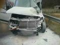 VIDEO Zrážka dodávky a kamióna pri Žiari nad Hronom: Traja zranení, jeden mŕtvy