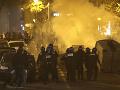 FOTO Hrozná bilancia násilných protestov v Paríži: Založených 248 požiarov, posprejovali dominantu