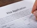 Boháčom žijúcim mimo EÚ zlaté víza len tak neudelia: Brusel chce sprísnenie podmienok