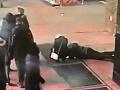 Dvojica na VIDEU zažila poriadne zúfalstvo: Keď to zbadala polícia, musela zasiahnuť