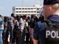 Dánsko chce umiestniť neúspešných žiadateľov o azyl na ostrov, kde boli doteraz nakazené zvieratá