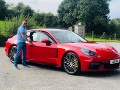 Otec v Porsche čakal na syna pred školou: FOTO Horor za bieleho dňa, vražda pred očami detí