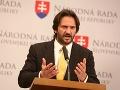 Definitívne rozhodnutie Kaliňáka: Odchod z parlamentu, politici reagujú