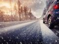 Výstraha pred poľadovicou, problémy so snehom: Mimoriadnu situáciu vyhlásili ďalšie oblasti