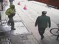 Kamera zachytila incident, z ktorého zostáva rozum stáť: VIDEO Toto by nechcel nikto zažiť
