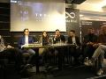 Mary Bartalos včera v jednom z kníhkupectiev v centre Bratislavy promovala nový film Trhlina, v ktorom hrá.