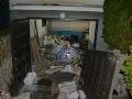 Obcou Veľký Cetín otriasol výbuch: FOTO Rodinný dom v troskách, majiteľ utrpel ťažké zranenia