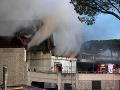 FOTO Veľký požiar v Ríme, do metropoly Talianska prenikol ostrý zápach