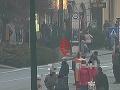 Zlodej na foto ukradol kabelku v jednom z prešovských obchodov.